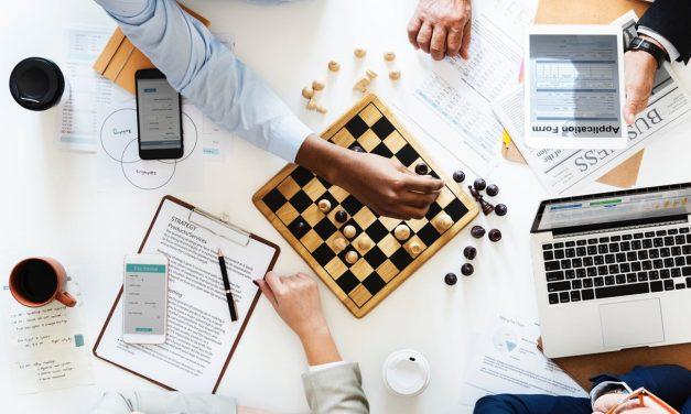 Wat is een strategisch marketingplan? [Uitleg & Componenten]