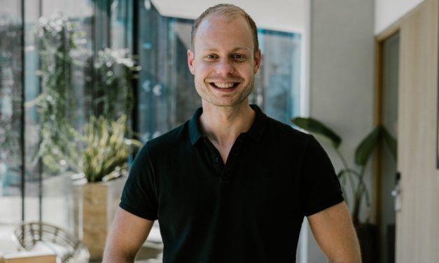 Tonny Loorbach: Bio, Betrouwbaarheid & Ervaringen